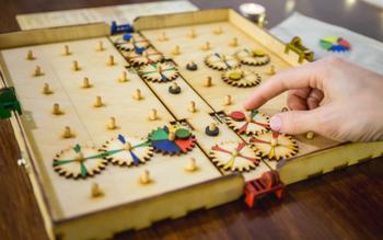 Cogbug board game