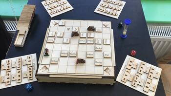 Makehay board game